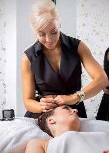 Amy Jean (Sydney Salon) Treatment